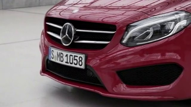 Mercedes-Classe-B-restylee-2015-video.jpg