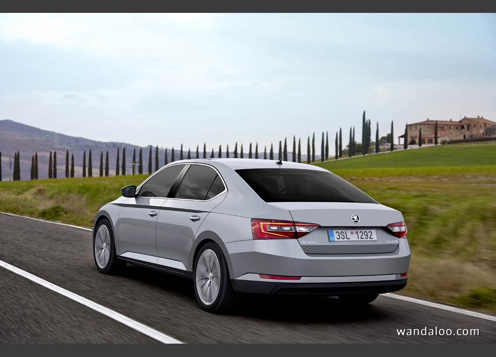 https://www.wandaloo.com/files/2015/04/Skoda-Superb-2015-neuve-Maroc-04.jpg
