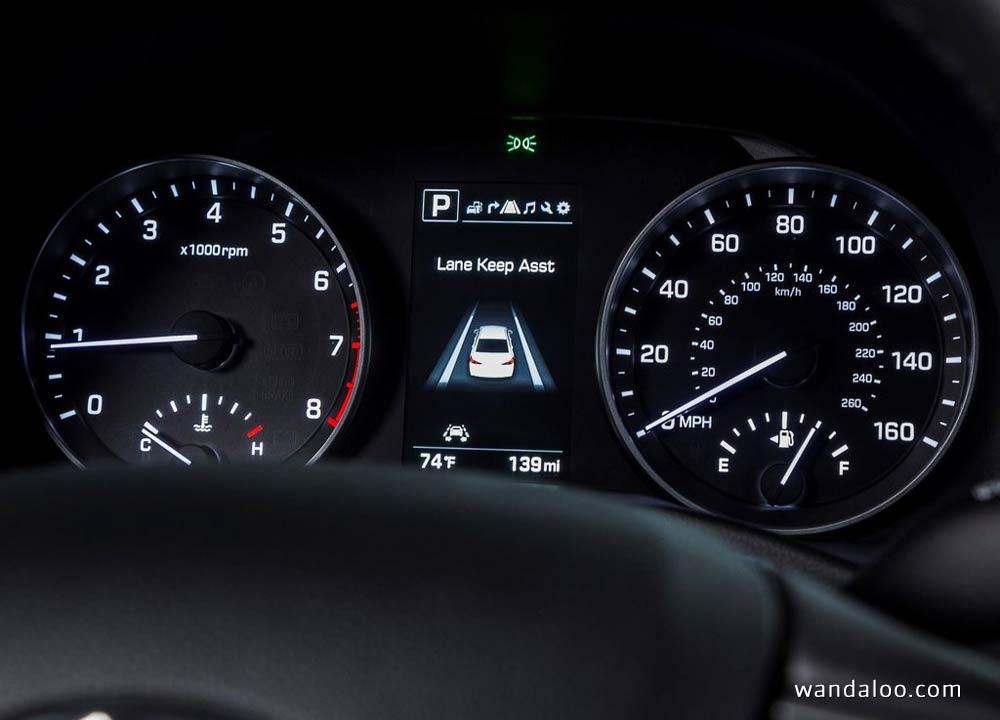https://www.wandaloo.com/files/2015/11/Hyundai-Elantra-2017-neuve-Maroc-05.jpg