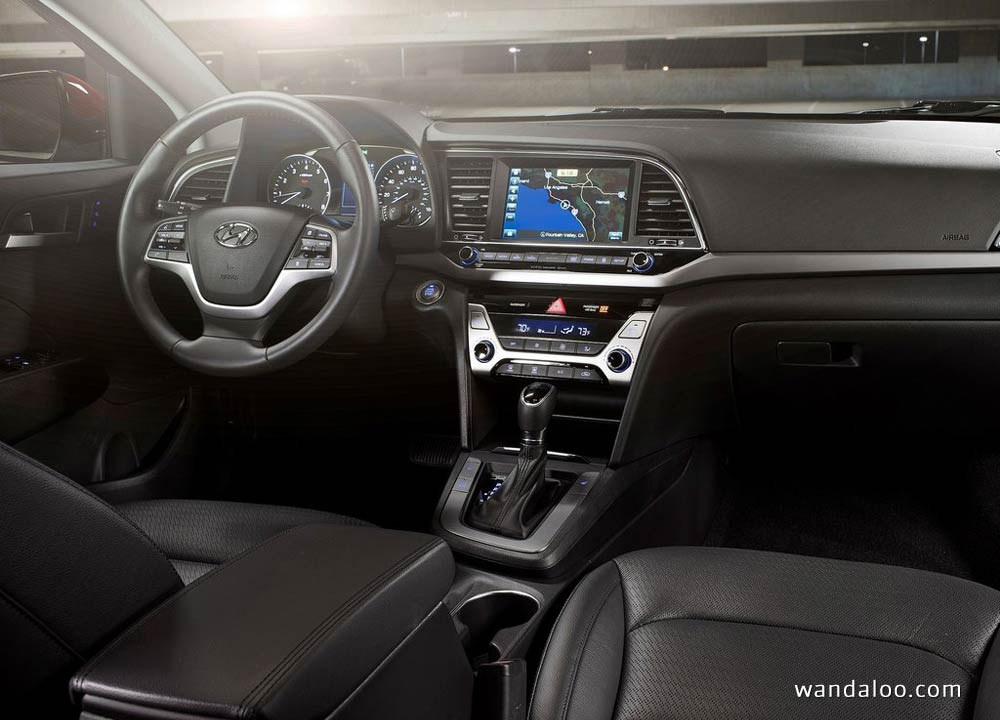 https://www.wandaloo.com/files/2015/11/Hyundai-Elantra-2017-neuve-Maroc-13.jpg