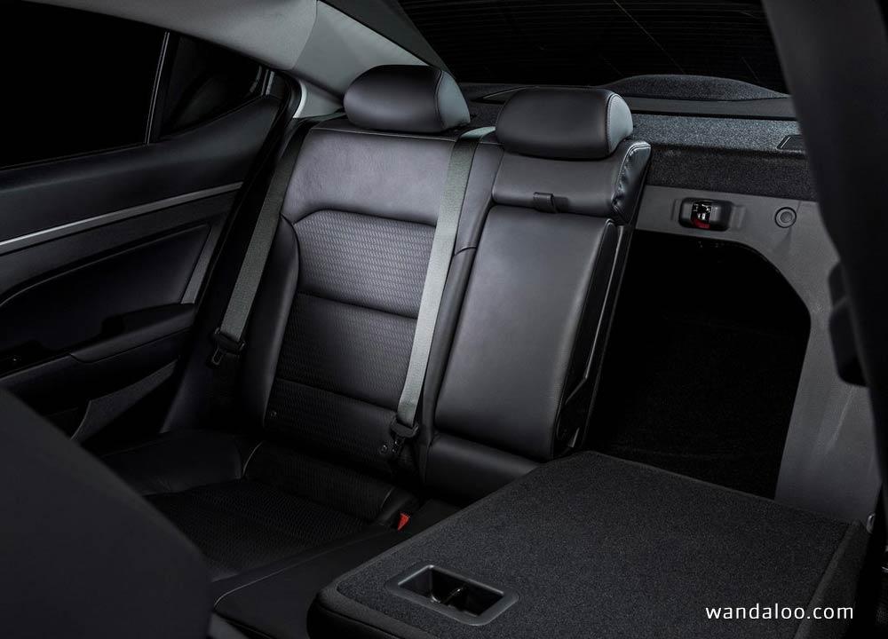 https://www.wandaloo.com/files/2015/11/Hyundai-Elantra-2017-neuve-Maroc-17.jpg
