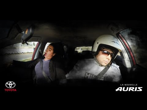Caméra cachée à bord de Toyota Auris