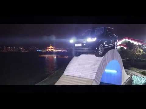 Range-Rover-pont-papier-video.jpg