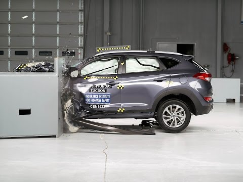 Hyundai-Tucson-2016-crash-test-IIHS-video.jpg