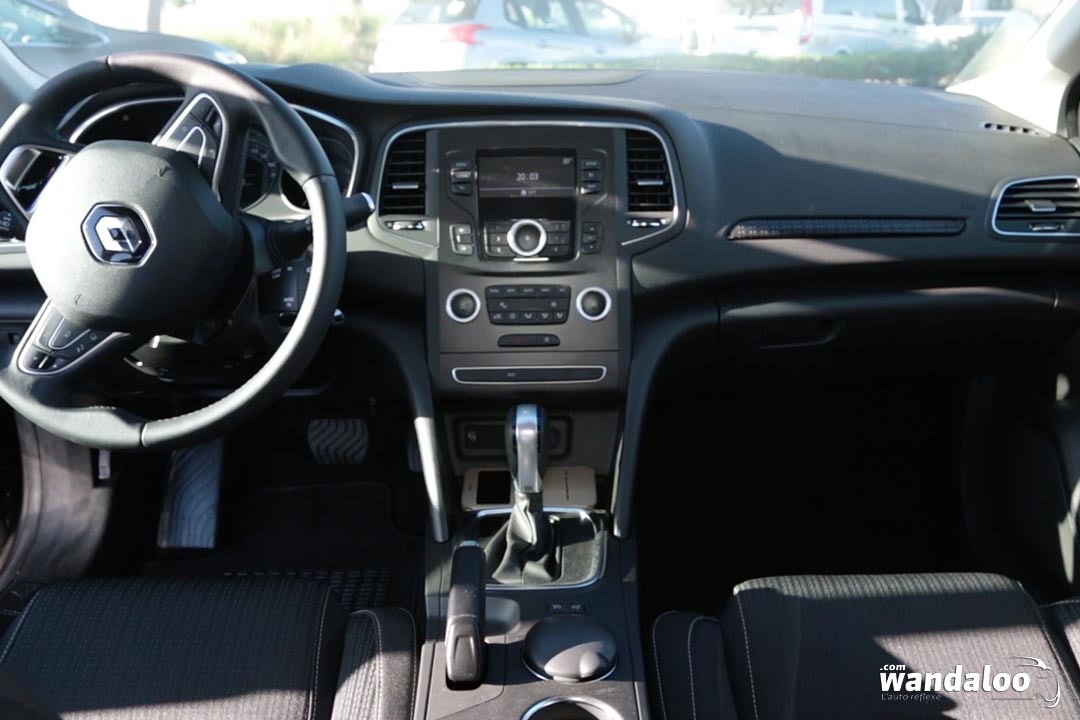 https://www.wandaloo.com/files/2016/12/Renault-MEGANE-Sedan-2016-neuve-Maroc-14.jpg