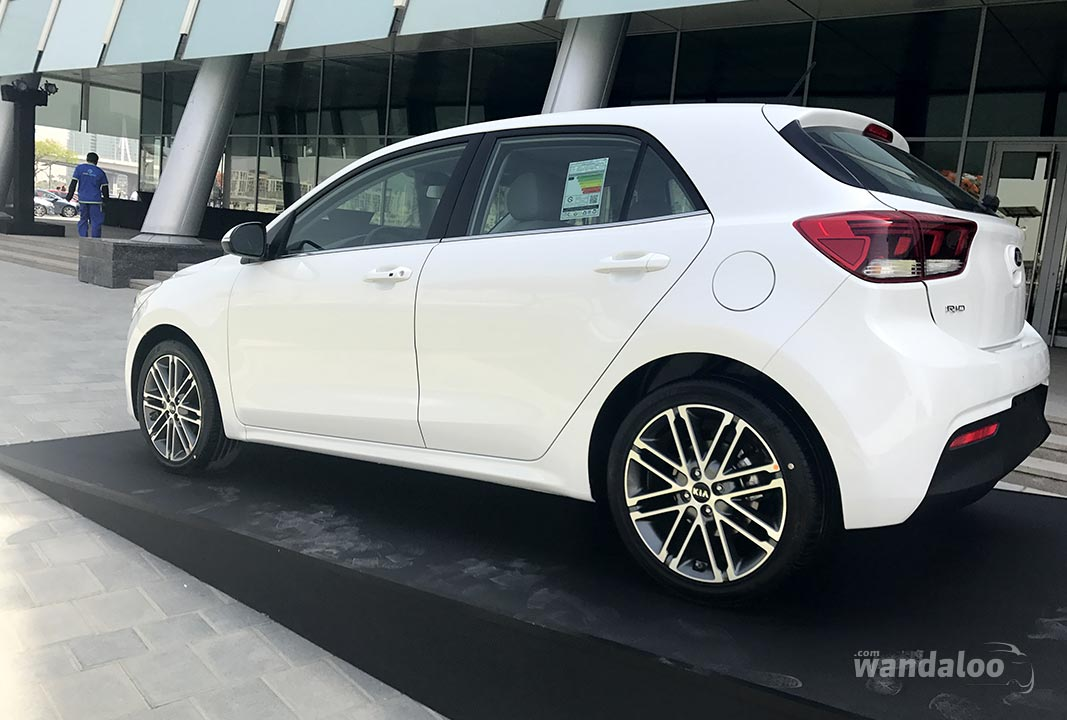 https://www.wandaloo.com/files/2017/05/Essai-KIA-Rio-2017-Dubai-05.jpg