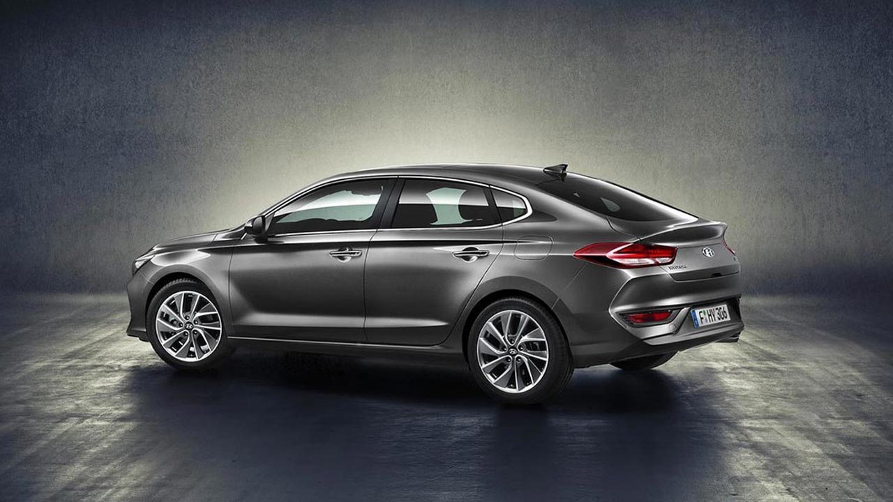 Hyundai-i30-Fastback-2018-apercu-video.jpg