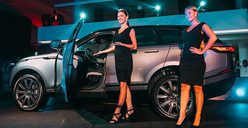 l'inauguration de ce nouveau showroom a été également l'occasion pour présenter le nouveau Range Rover Velar à la clientèle rbatie