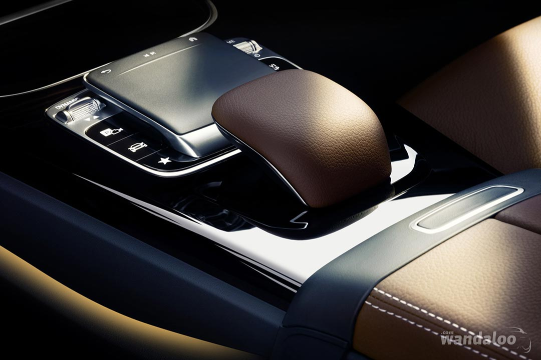 https://www.wandaloo.com/files/2017/11/Mercedes-Classe-A-2018-Interieur-05.jpg