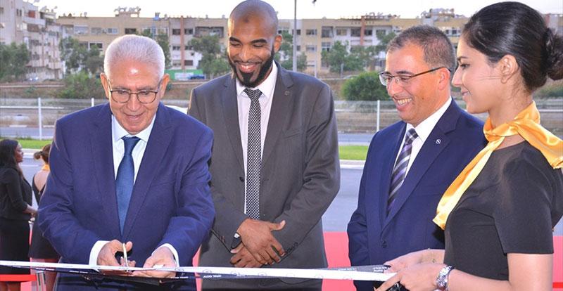 M. Abdellatif Guerraoui, PDG du Groupe Auto Hall inaugurant le nouveau showroom OPEL ( crédit photo : Auto Hall )