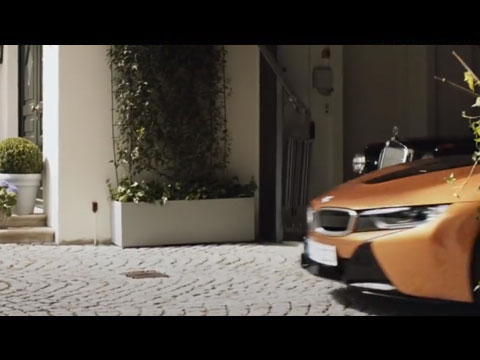 BMW-i8-Merci-PDG-Mercedes-Benz-2019-video.jpg