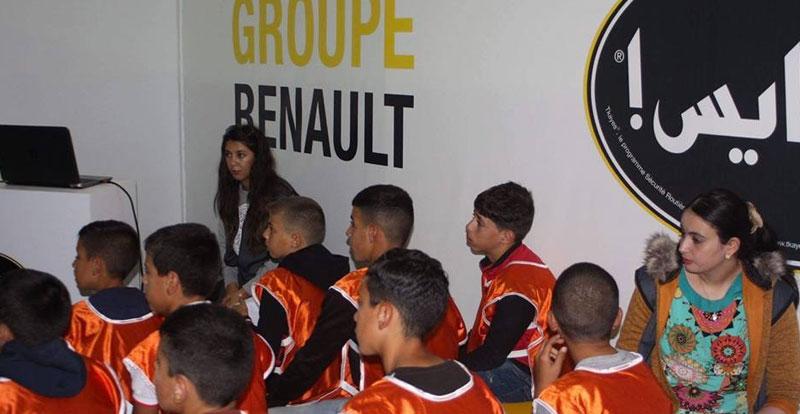 Actu. nationale - 5.200 écoliers sensibilisés par l'action « Tkayes School » de la Fondation Renault Maroc