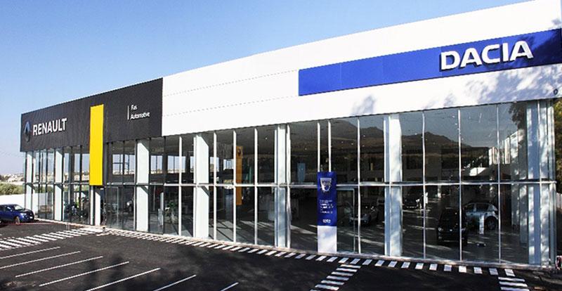 Le showroom FAS Automotive arbore la nouvelle signalétique des deux marques du groupe Renault Maroc.