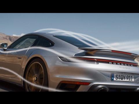 L'aérodynamique active de la PORSCHE 911 Turbo S en démonstration