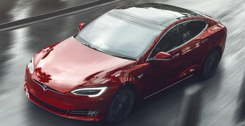 Avant-première - TESLA foudroie la concurrence avec sa Model S Plaid de 1.115 ch!