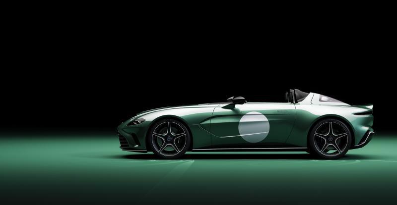 Si la barquette est l\'expression la plus simple de la sportive, ce Speedster abrite un  V12 biturbo n\'ayant rien de simple !