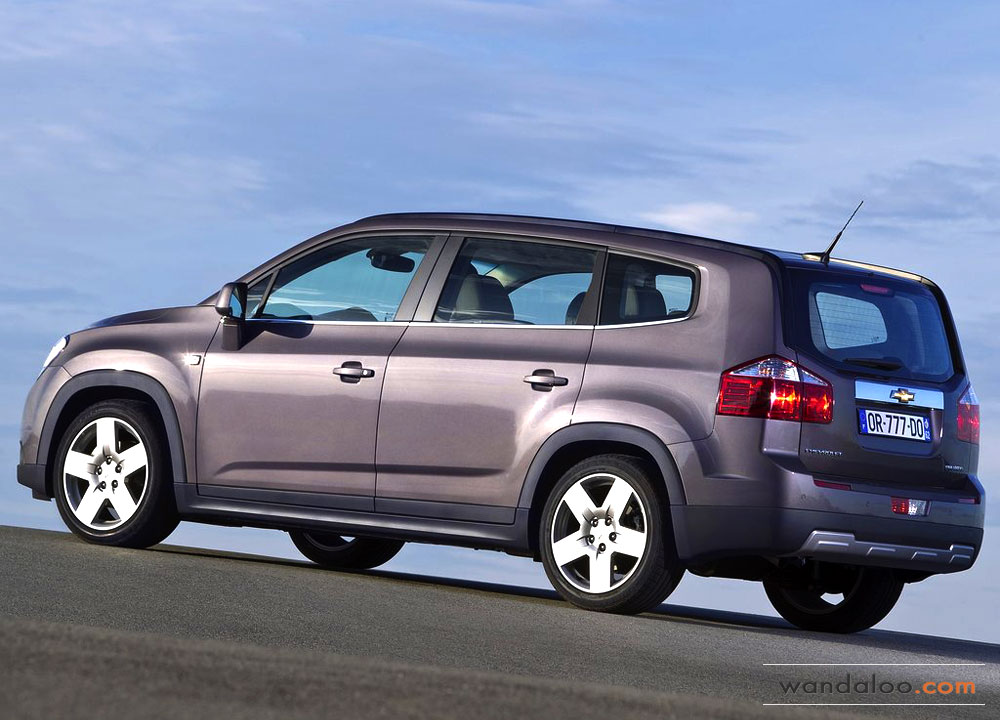 https://www.wandaloo.com/files/Voiture-Neuve/chevrolet/Chevrolet-Orlando-2012-04.jpg