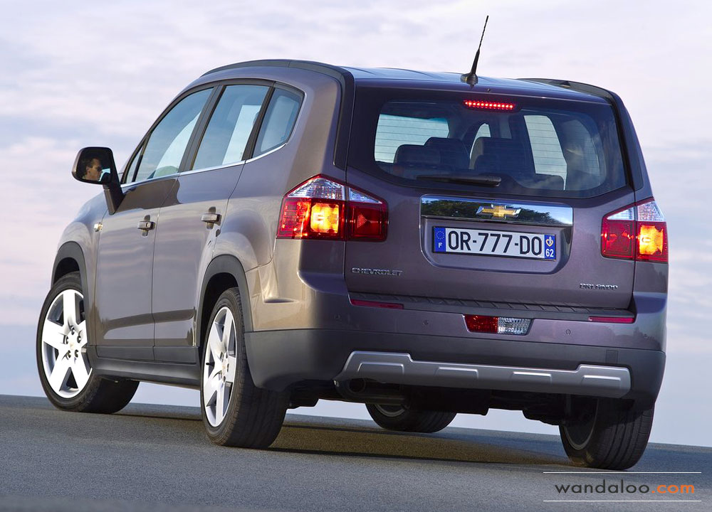 https://www.wandaloo.com/files/Voiture-Neuve/chevrolet/Chevrolet-Orlando-2012-05.jpg