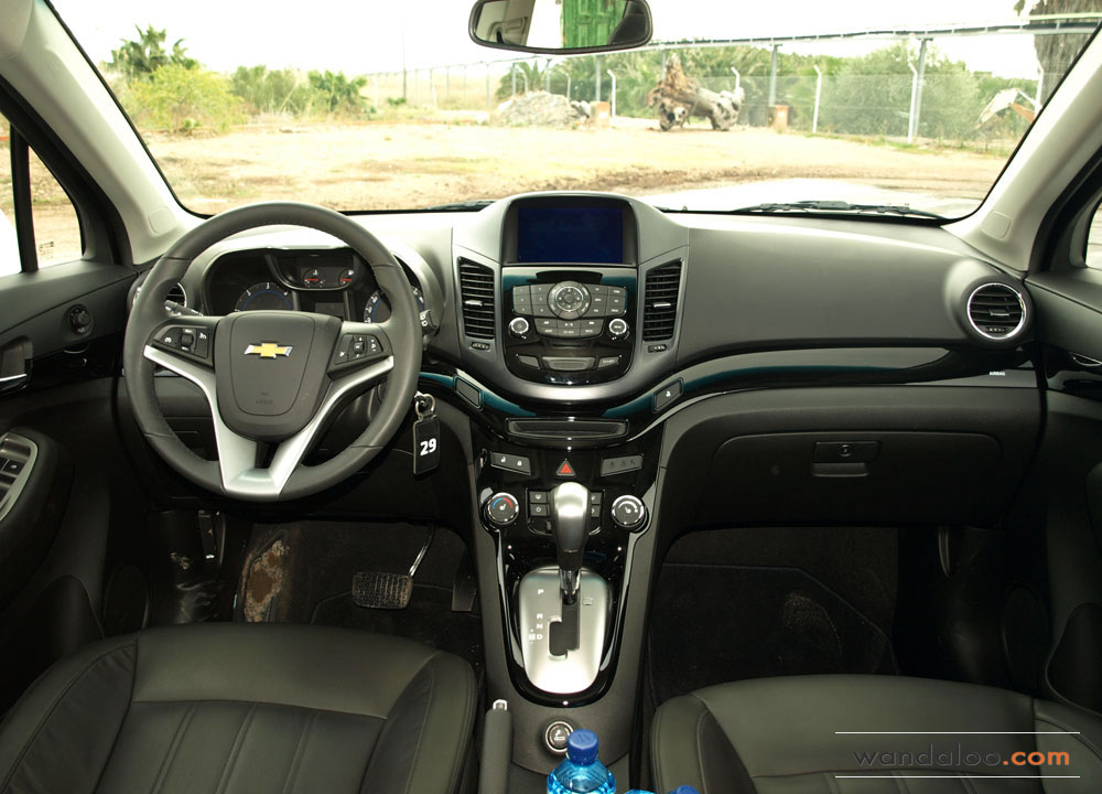 https://www.wandaloo.com/files/Voiture-Neuve/chevrolet/Chevrolet-Orlando-2012-08.jpg