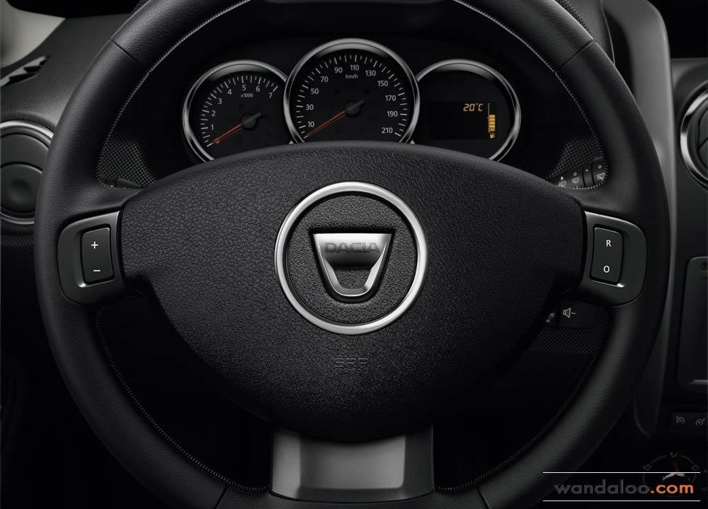https://www.wandaloo.com/files/Voiture-Neuve/dacia/Dacia-Duster-2014-Neuve-Maroc-06.jpg
