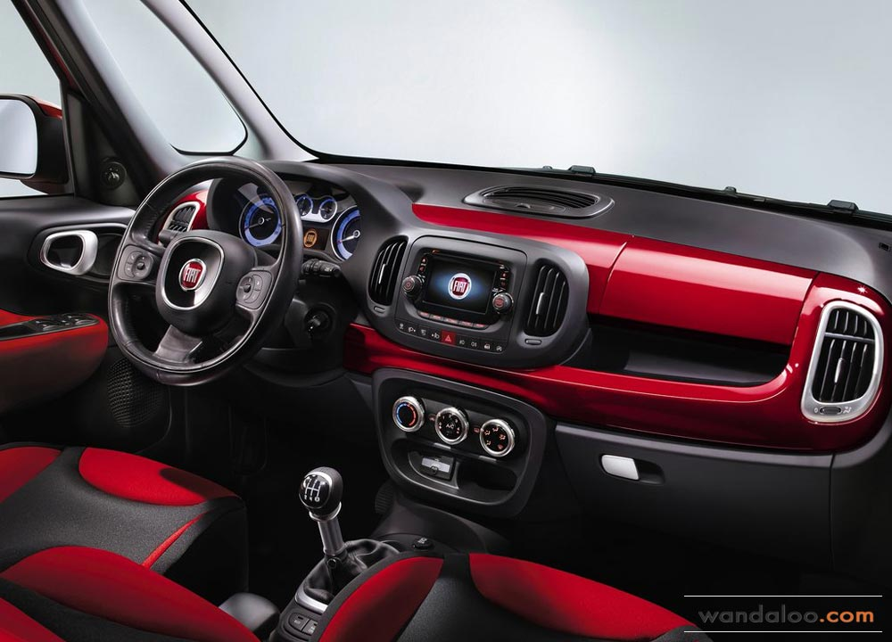 https://www.wandaloo.com/files/Voiture-Neuve/fiat/Fiat-500L-Neuve-Maroc-2013-08.jpg