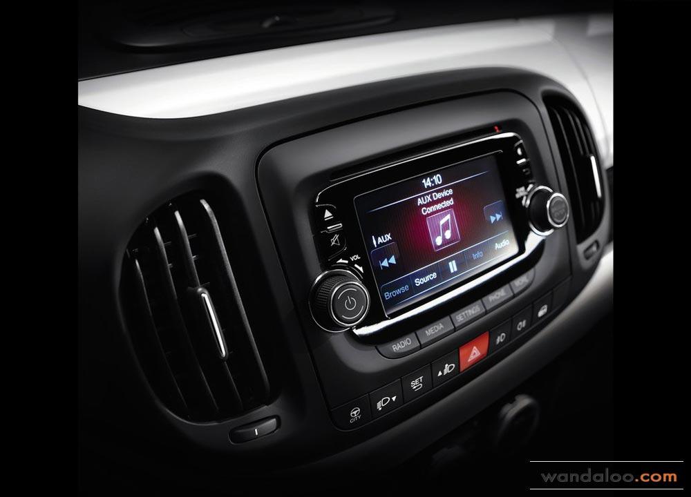 https://www.wandaloo.com/files/Voiture-Neuve/fiat/Fiat-500L-Neuve-Maroc-2013-11.jpg