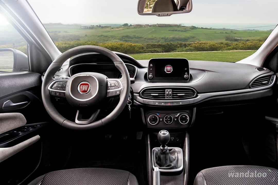 https://www.wandaloo.com/files/Voiture-Neuve/fiat/Fiat-Tipo-Hatchback-2017-neuve-Maroc-03.jpg