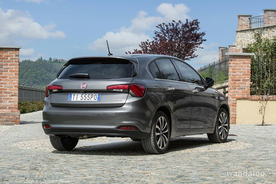 https://www.wandaloo.com/files/Voiture-Neuve/fiat/Fiat-Tipo-Hatchback-2017-neuve-Maroc-08.jpg