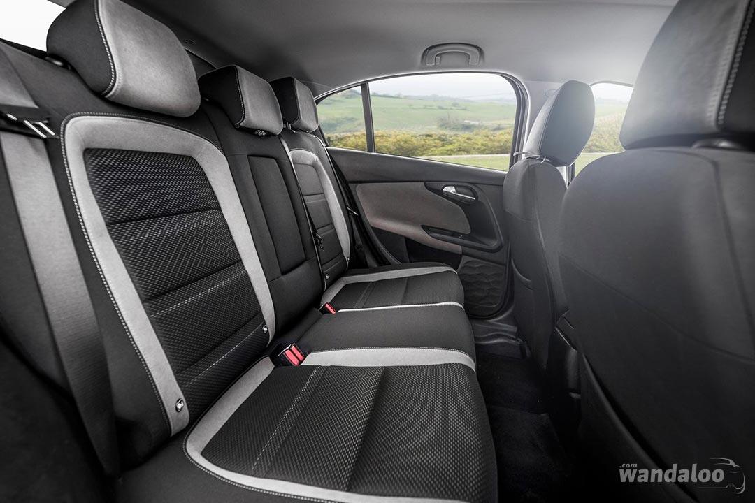 https://www.wandaloo.com/files/Voiture-Neuve/fiat/Fiat-Tipo-Hatchback-2017-neuve-Maroc-09.jpg