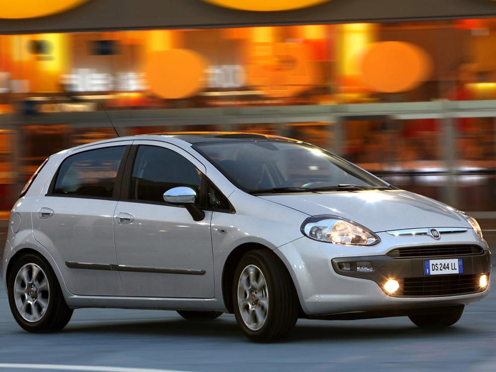 https://www.wandaloo.com/files/Voiture-Neuve/fiat/Punto-Evo-06.jpg