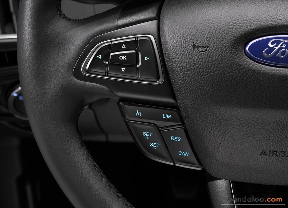 https://www.wandaloo.com/files/Voiture-Neuve/ford/Ford-Focus-2015-neuve-Maroc-21.jpg