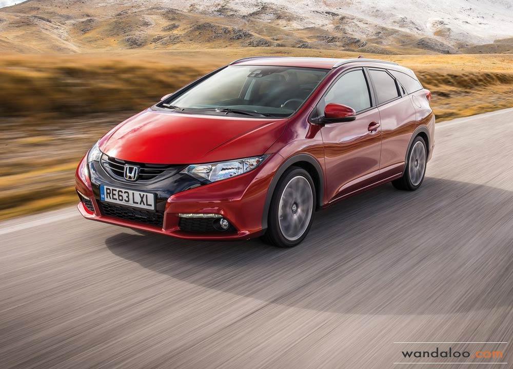 https://www.wandaloo.com/files/Voiture-Neuve/honda/Honda-Civic-Tourer-Neuve-Maroc-01.jpg