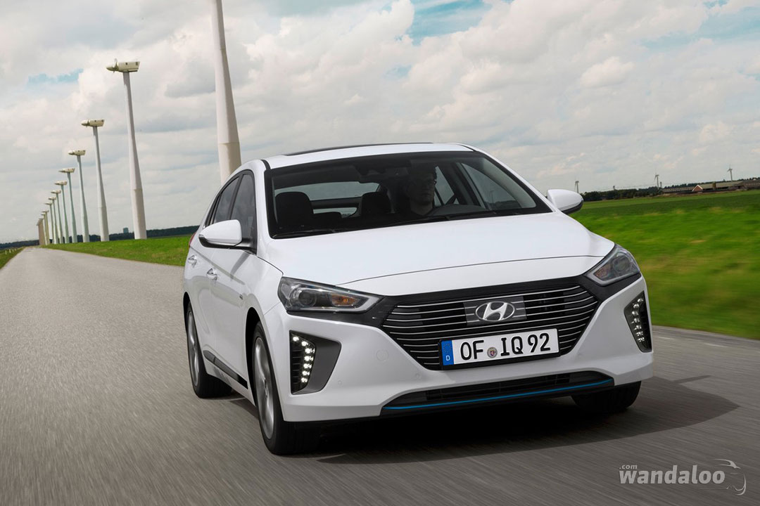 https://www.wandaloo.com/files/Voiture-Neuve/hyundai/Hyundai-IONIQ-Hybride-2018-Neuve-Maroc-12.jpg