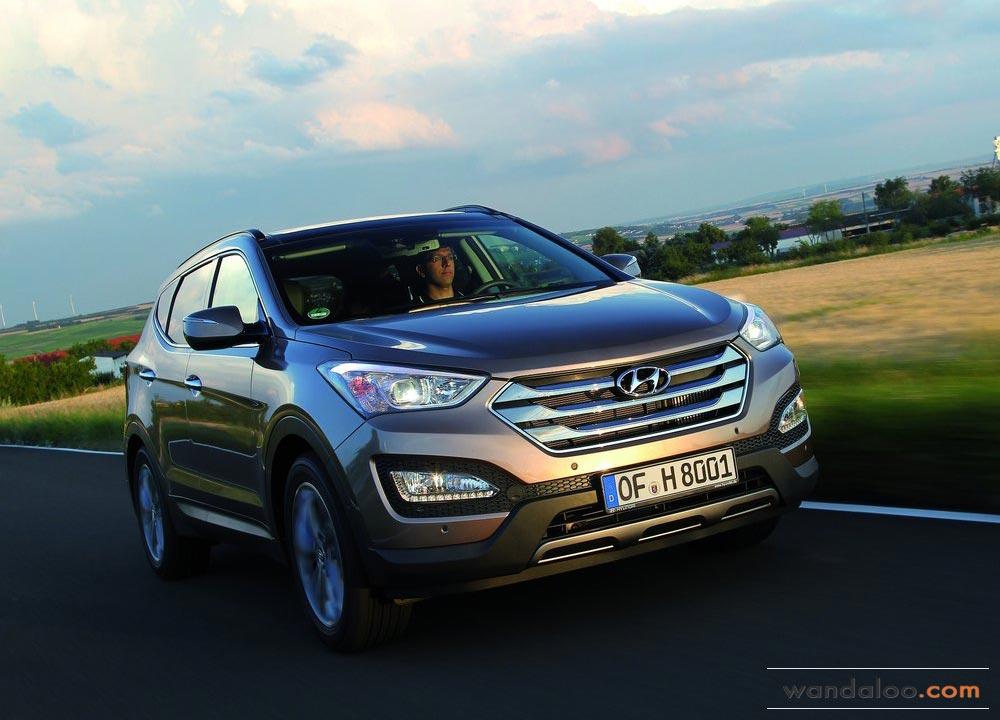 https://www.wandaloo.com/files/Voiture-Neuve/hyundai/Hyundai-Santa-Fe-2013-Neuve-Maroc-01.jpg