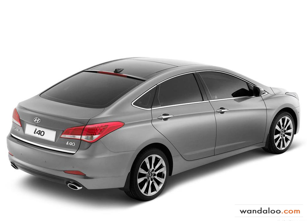 https://www.wandaloo.com/files/Voiture-Neuve/hyundai/Hyundai-i40-2012-09.jpg