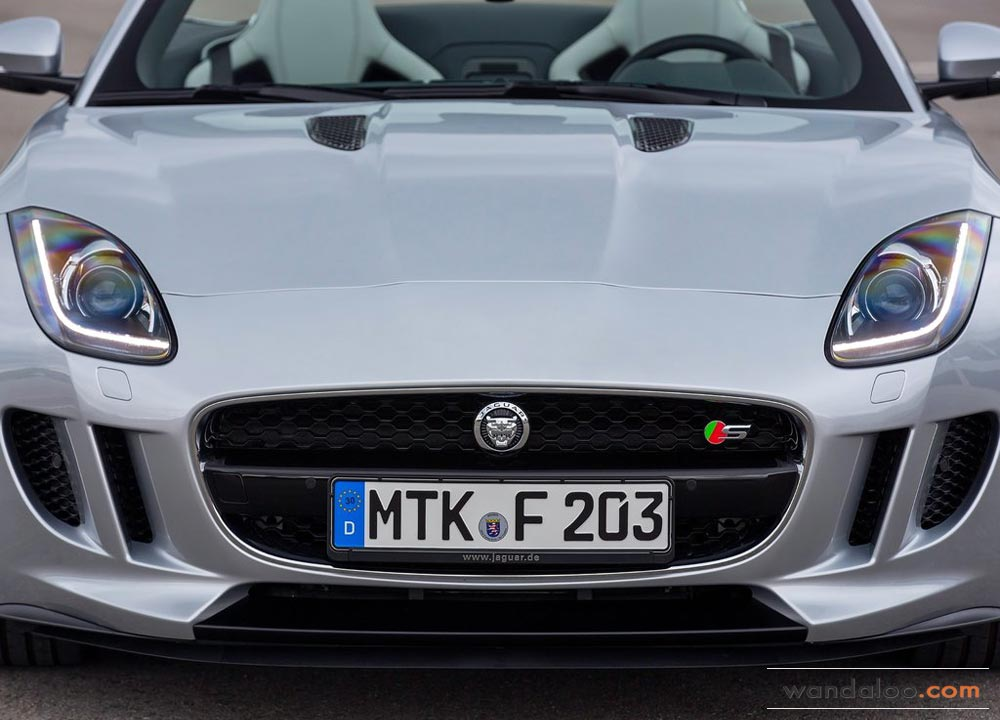 https://www.wandaloo.com/files/Voiture-Neuve/jaguar/Jaguar-F-Type-2013-Neuve-Maroc-05.jpg