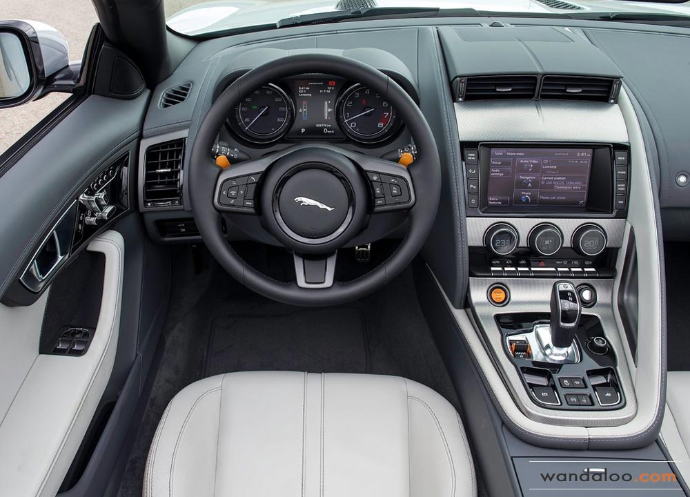 https://www.wandaloo.com/files/Voiture-Neuve/jaguar/Jaguar-F-Type-2013-Neuve-Maroc-06.jpg
