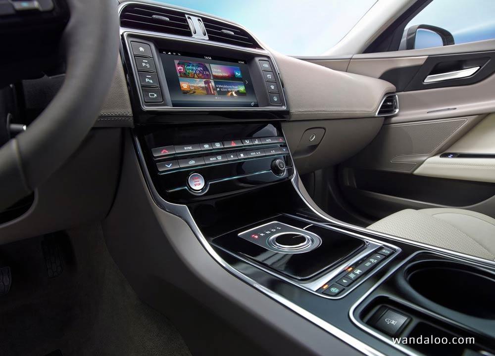 https://www.wandaloo.com/files/Voiture-Neuve/jaguar/Jaguar-XE-2016-Neuve-Maroc-21.jpg