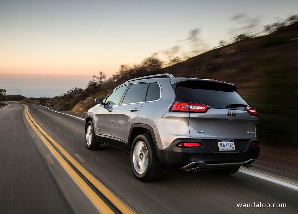 https://www.wandaloo.com/files/Voiture-Neuve/jeep/Jeep-Cherokee-2014-neuve-Maroc-01.jpg