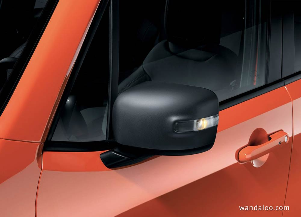 https://www.wandaloo.com/files/Voiture-Neuve/jeep/Jeep-Renegade-2015-neuve-Maroc-14.jpg