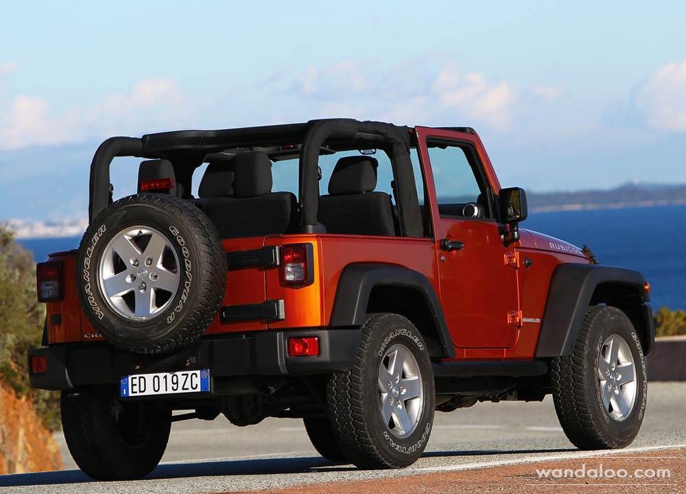 https://www.wandaloo.com/files/Voiture-Neuve/jeep/Jeep-Wrangler-neuve-Maroc-03.jpg