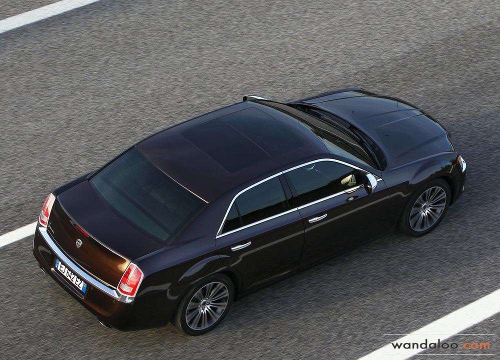 https://www.wandaloo.com/files/Voiture-Neuve/lancia/Lancia-Thema-2012-Neuve-Maroc-04.jpg