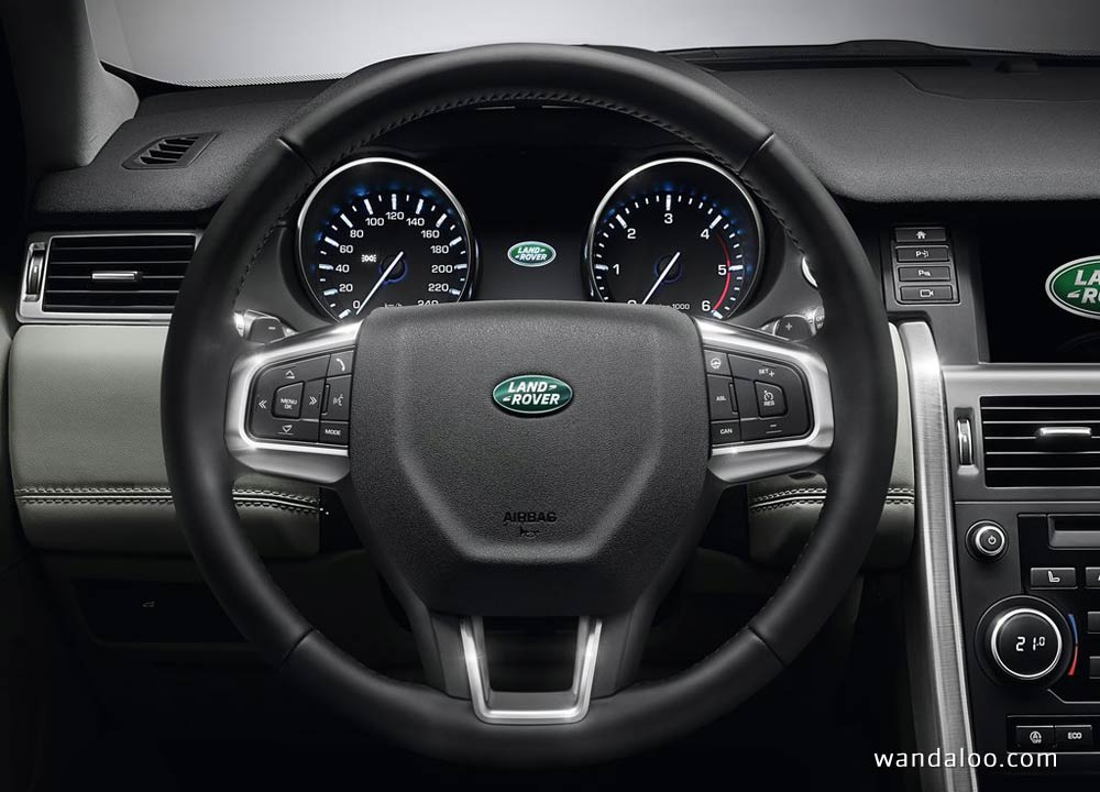 https://www.wandaloo.com/files/Voiture-Neuve/land-rover/Land-Rover-Discovery-Sport-2015-Neuve-Maroc-03.jpg