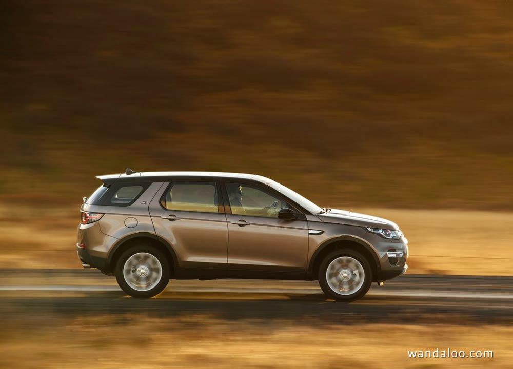 https://www.wandaloo.com/files/Voiture-Neuve/land-rover/Land-Rover-Discovery-Sport-2015-Neuve-Maroc-05.jpg