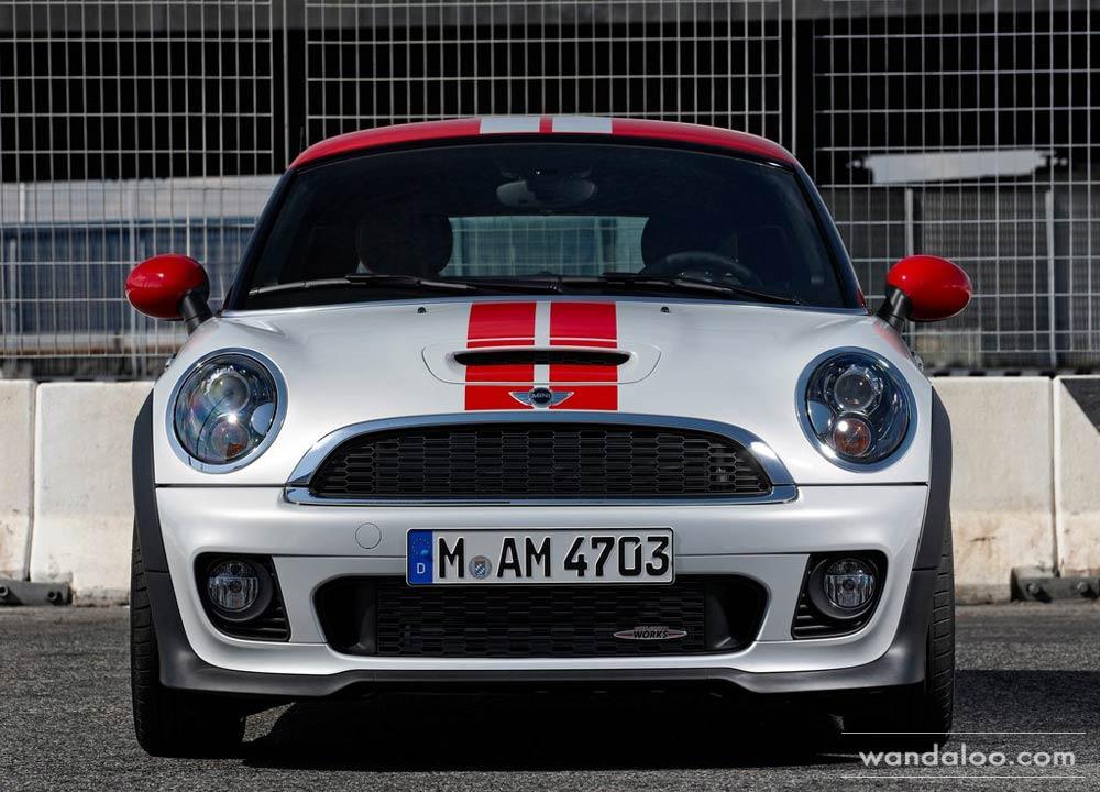 https://www.wandaloo.com/files/Voiture-Neuve/mini/Mini-Coupe-Neuve-Maroc-12.jpg