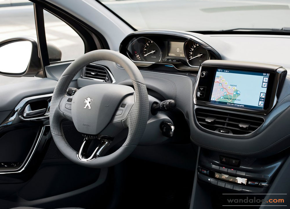 https://www.wandaloo.com/files/Voiture-Neuve/peugeot/Peugeot-208-2013-07.jpg