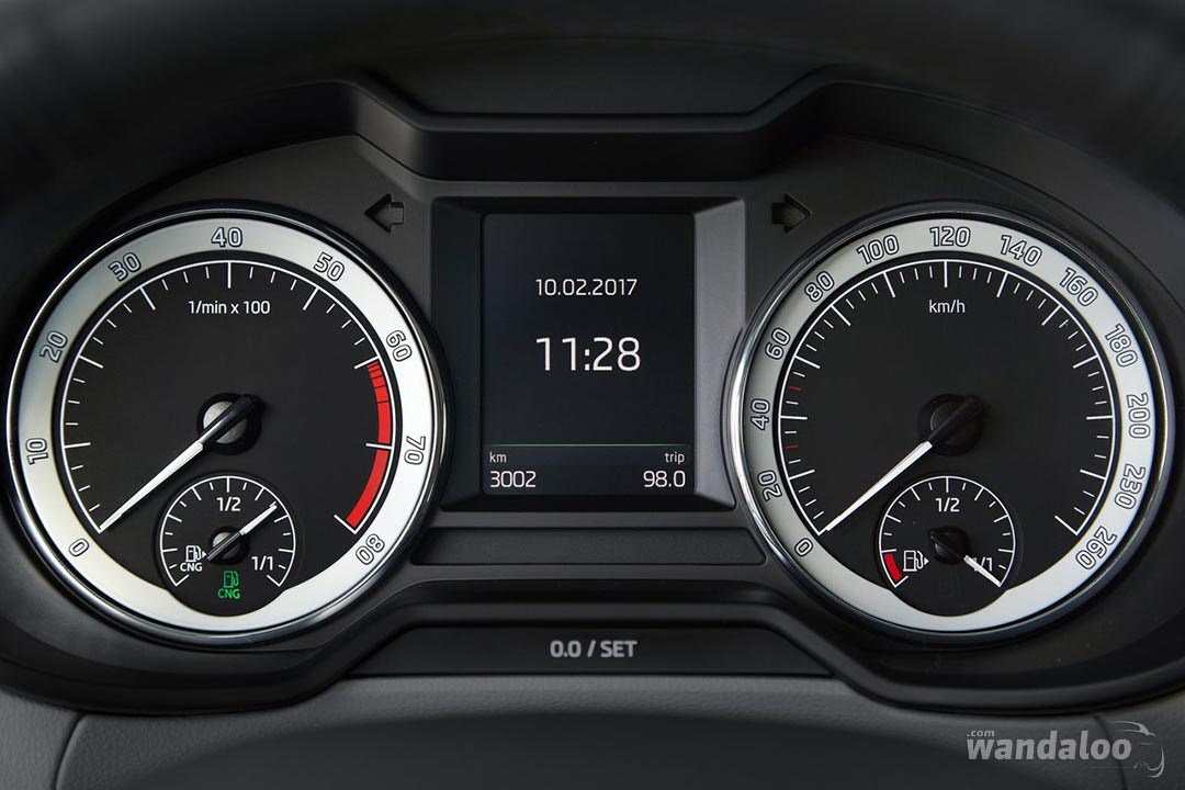 https://www.wandaloo.com/files/Voiture-Neuve/skoda/Skoda-Octavia-2017-1280-36.jpg