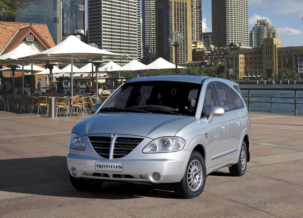 https://www.wandaloo.com/files/Voiture-Neuve/ssangyong/Rodius-Stavic-02.jpg