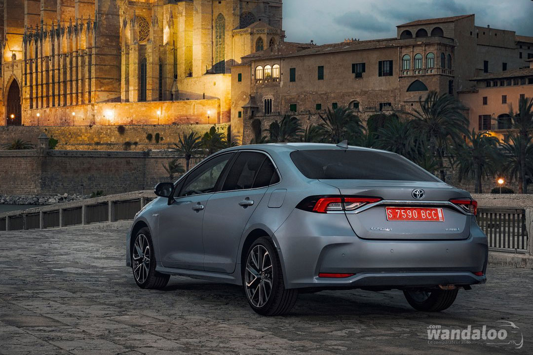 https://www.wandaloo.com/files/Voiture-Neuve/toyota/Toyota-Corolla-Sedan-2019-Neuve-Maroc-03.jpg