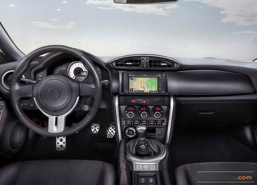 https://www.wandaloo.com/files/Voiture-Neuve/toyota/Toyota-GT86-2014-Neuve-Maroc-08.jpg